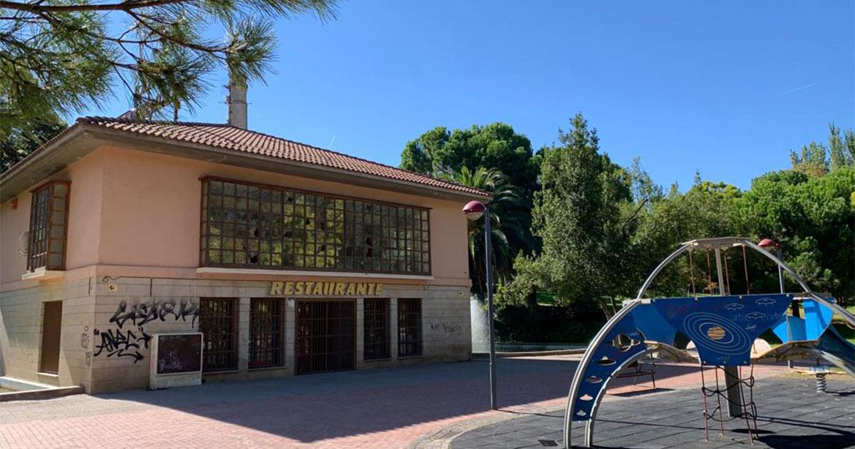 La antigua cafetería del Parque del Ebro acogerá cursos y talleres de la Universidad Popular